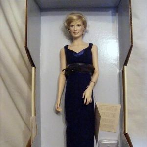 Other - Porcelain princess Diana doll